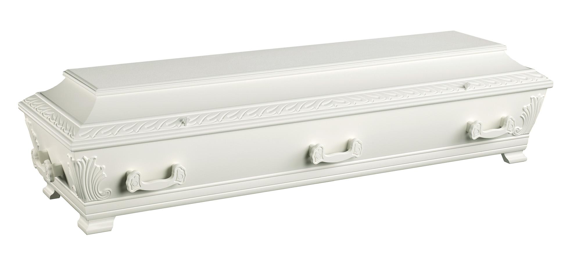 Hvitmalt og utsmykket kiste i furu fra jølstad