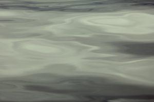 Overflate av vann